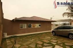 Oportunidade!! Casa em Condomínio fechado- 3 Quartos 1 Suíte! Área de Lazer - DF