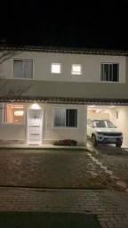 Ótima casa geminada no bairro Castelo com 4 quartos