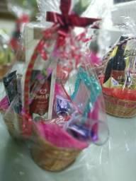 Lindas cestas românticas para o dia dos namorados
