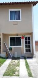 Casa duplex 2 quartos em condomínio