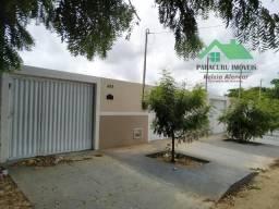 Linda casa nova em Paracuru à uns 700 metros da praia de Paracuru