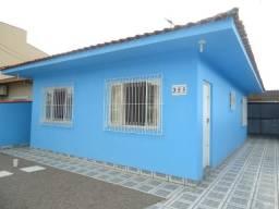 Casa 2 dormitórios, ampla varanda, financia em Palhoça