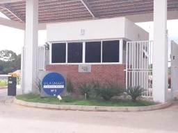 Alugo Casa em Condomínio por 900 reais