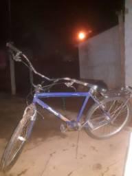 Bicicleta usada boa