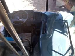 Ônibus Mercedez Benz marcopolo, motor 366/ 1318