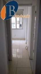 Apartamento - CENTRO - R$ 700,00