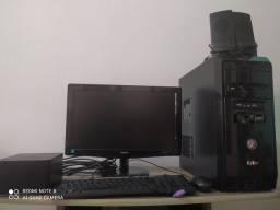 Computador zelado funcionando normal único dono.