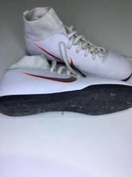 Chuteira Futsal Nike (37)