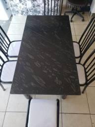 Mesa 6 cadeiras de pedra