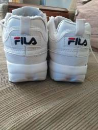 Título do anúncio: Vendo tênis FILA Disruptor N°36