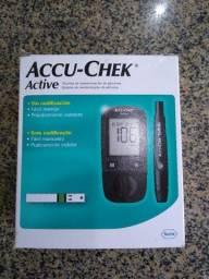 Monitor de glicemia Accu-Chek Active