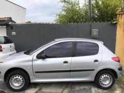 Peugeot 2003 carro em perfeito estado