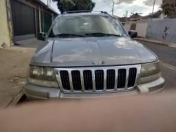 Grande Sherokee Laredo 2000