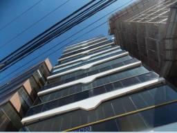 Murano Imobiliária vende apartamento de 4 quartos frente mar na Praia da Costa, Vila Velha