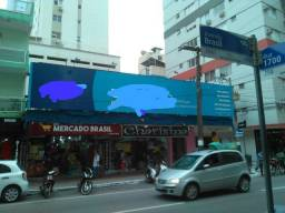 Se vende ponto comercial na av brasil com aluguel economico