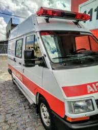 Ambulância conservada - Oportunidade - 1989