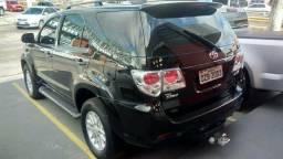 Vendo Toyota Hilux SW4 com GNV - 2014