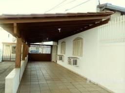 Casa à venda, 4 quartos, 2 vagas, Saraiva - Uberlândia/MG