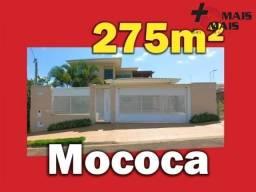 Casa em Mococa, com escritório, varanda com vista, área gourmet, mezanino.