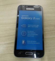 "Samsung Galaxy J1 Mini Duos Dual Chip, Tela 4.0"", Câmera 5MP, 8GB e 1GB de RAM"