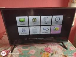 Tv LG 32 polegadas semi nova , não é smart