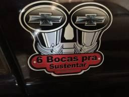 Caravan 6 cc ano 90 r$25.000,00