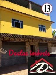 Casa espaçosa + 02 lojas