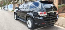 Linda !!! Hilux SW4 SRV D4-D 4x4 3.0 TDI Diesel Aut - 7 Lugares - Oportunidade
