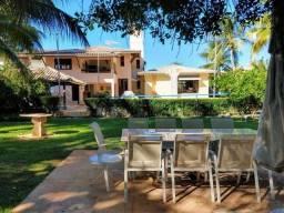 Título do anúncio: Casa com 5 dormitórios à venda, 386 m² por R$ 1.600.000,00 - Vilas do Atlântico - Lauro de