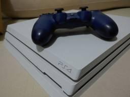 PlayStation 4 PRO 1Tb Versão Especial Branca