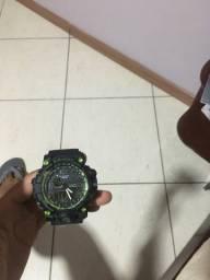 Vendo 2 G-shock, 35 reais cada um