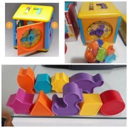 Kit c 9 peças do cubo da Galinha pintadinha