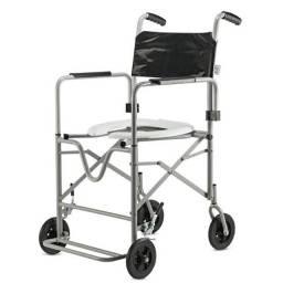Título do anúncio: Cadeira de Rodas para Banho