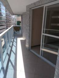 Murano Imobiliária vende apartamento de 3 quartos mobiliado na Praia da Costa, Vila Velha