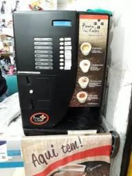 Maquina de cafe revisada semi nova