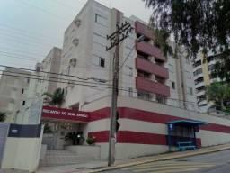 Aluguel cobertura de 3 quartos com 2 vagas de garagem mobiliada bairro Abraão Fpolis