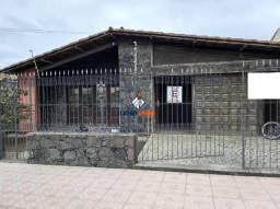 Casa no Centro, para Locação Comercial, 4 Suítes, Varanda, 3 Salas, Dependência, em Feira