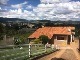 Chácara á venda em Atibaia com piscina - com 2 dormitórios