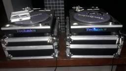 Par de Pick-ups(toca discos) + case + agulhas