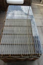 Mesa de Centro / Área Externa / Varanda / em Bambu / Vidro Marrom 46 cm x 137 cm x 68 cm