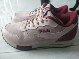 Tênis Fila jogger tamanho 36