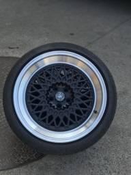 Rodas com pneus 225/40R18