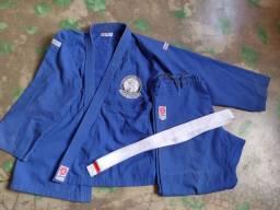 Título do anúncio: Kimono de Jiu-jitsu Judô Usado