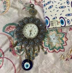 Relógio olho grego