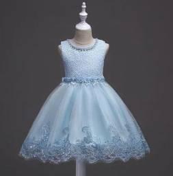Vendo esse vestido para criança de 4 a 5 anos