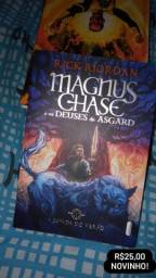 Livro Magnus Chase