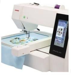 Título do anúncio: Máquina de bordar Janone 500E
