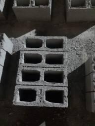 Título do anúncio: Bloco de concreto ele e ela