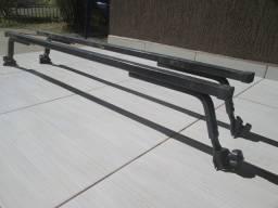 Rack bagajeiro ótimo resistente Vendo valor R$150,00 tratar 9 8833 75 65