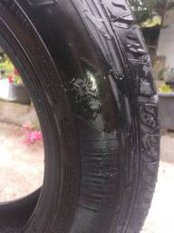 Vendo um pneu Scorpion para suv (EcoSport) 205/65/R15.